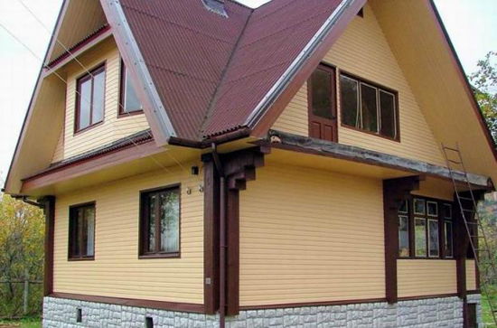 Обшить фасад дома сайдингом
